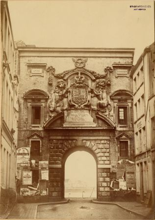 Waterpoort Gate in its original location, as seen from Vlasmarkt
