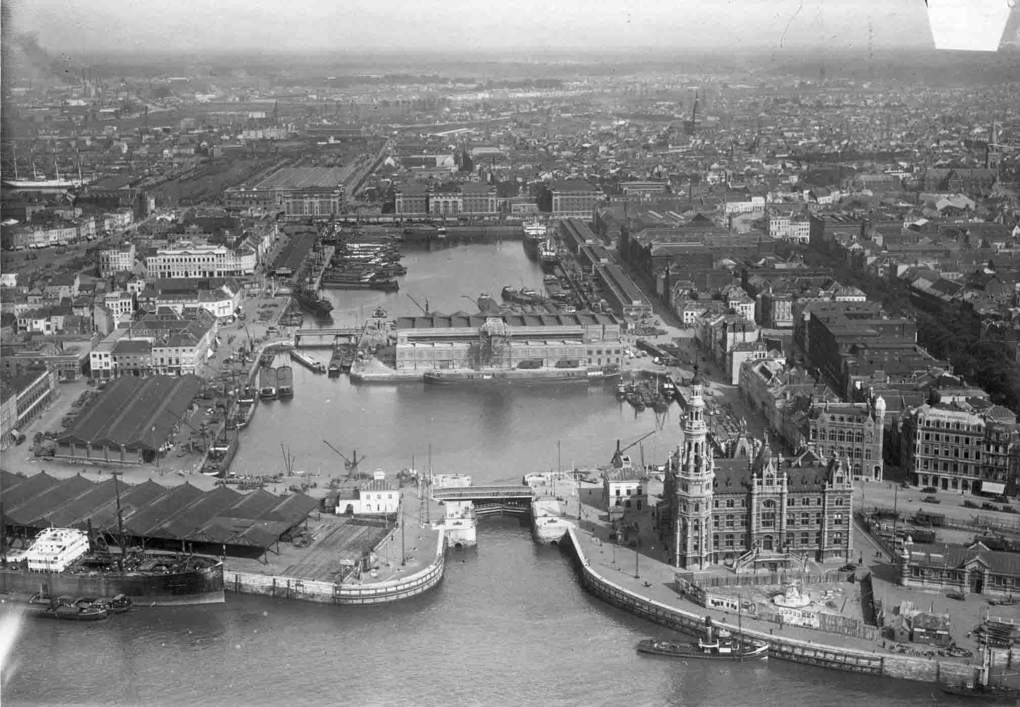 Aerial photo of Bonaparte Lock from 1934