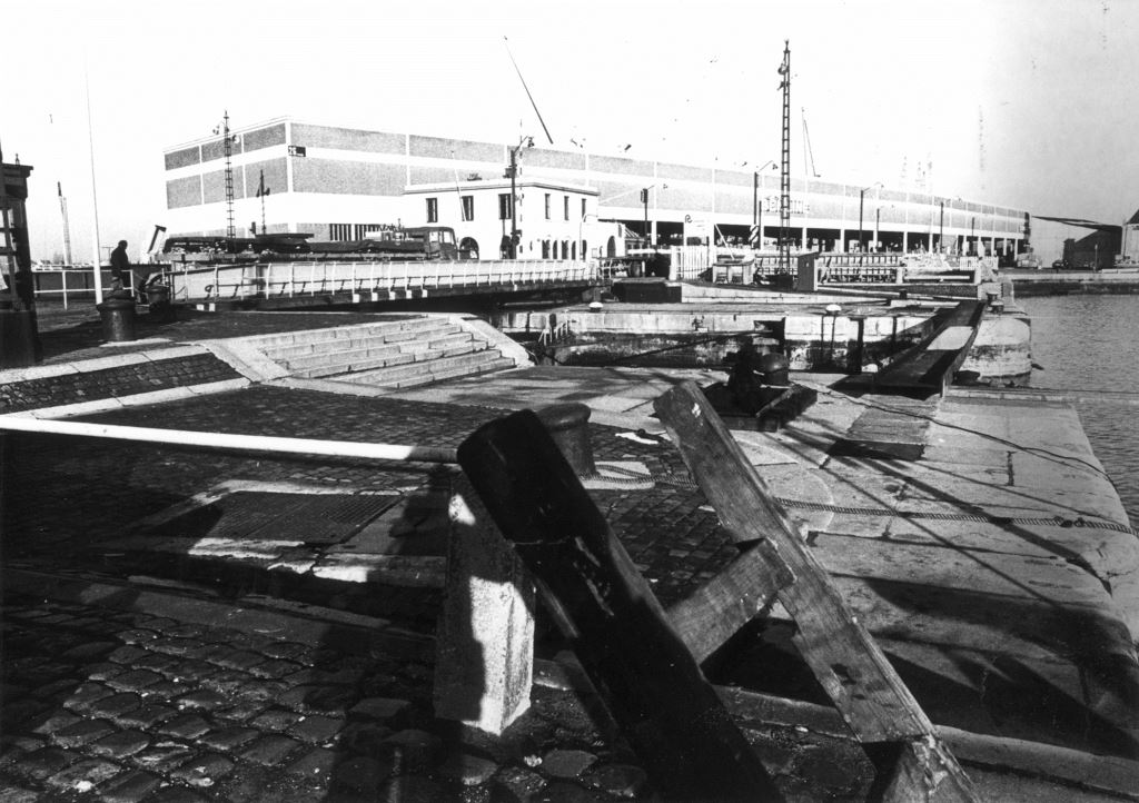 Filling in of Bonaparte Lock in 1974