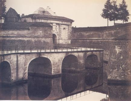 Kipdorppoort Gate around 1860