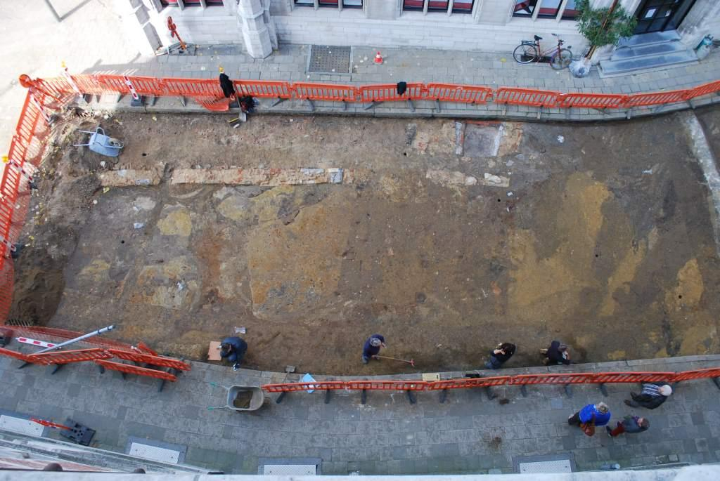 Aerial photo of the excavation of the earthen wall in 2013