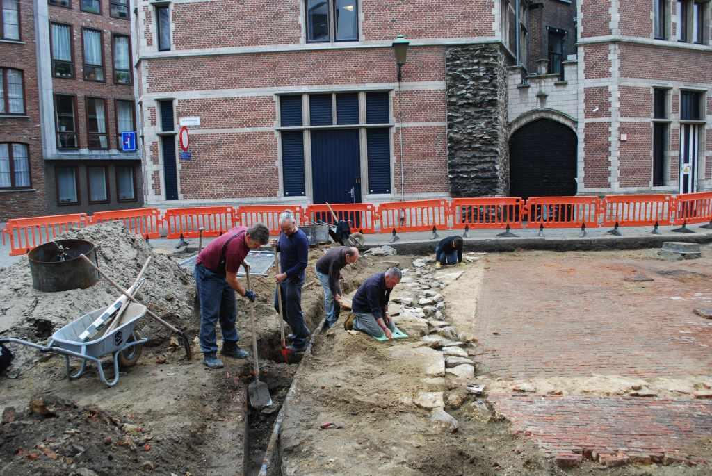 Excavation of the fortress wall in 2013