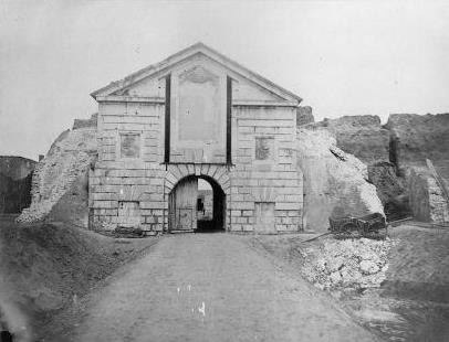 Demolition of the gate, photo taken from the citadel