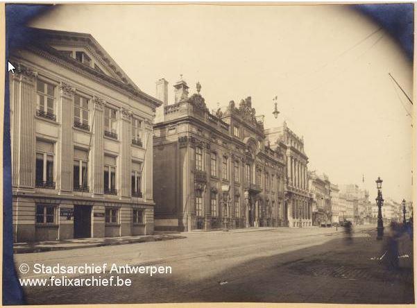 Paleis met het thans afgebroken huis Dens, 1924