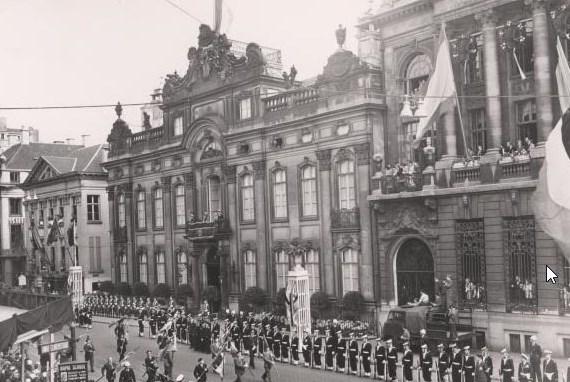 De blijde intrede van koning Boudewijn in 1952